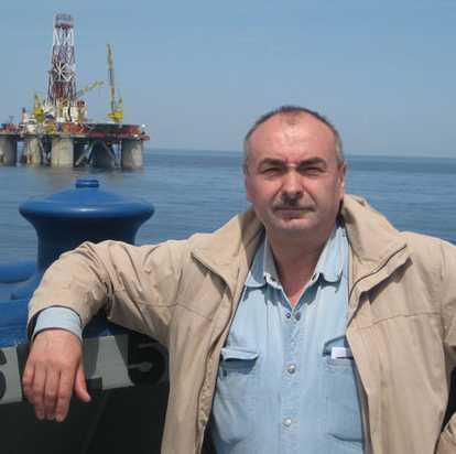 Боровиков Николай Анатольевич на работе в море